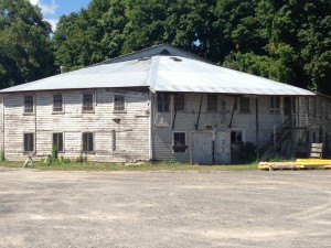 Troy Sale Barn