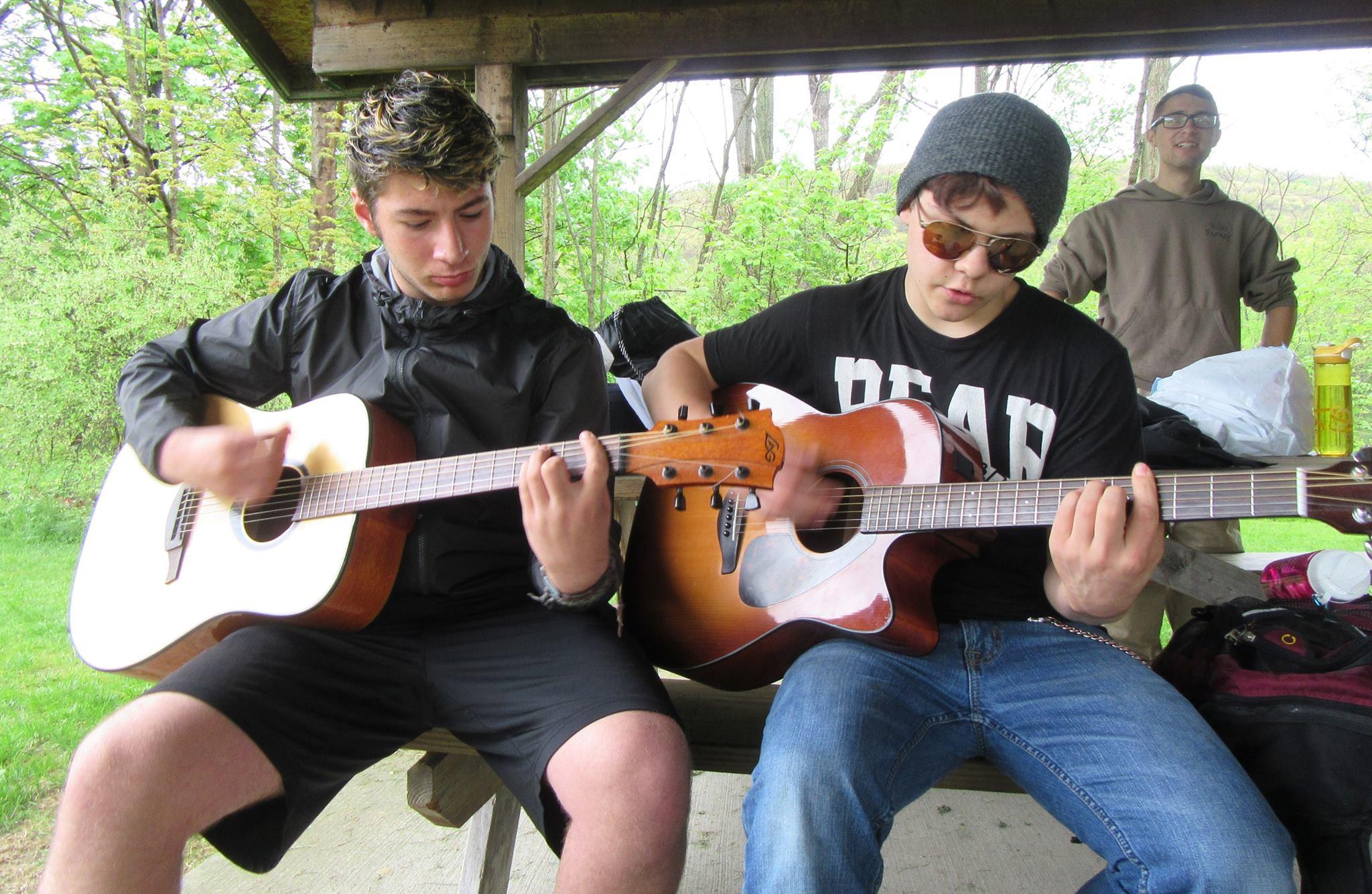 FB NRCS guitarists